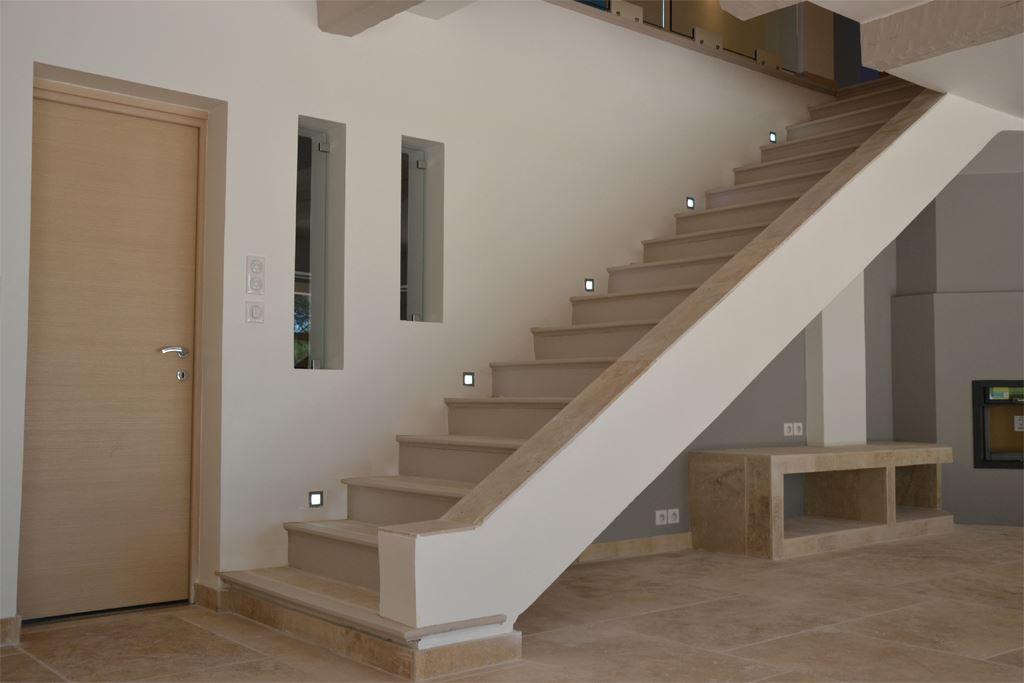 D coration et agencement interieur d une maison sanary for Architecte sanary sur mer