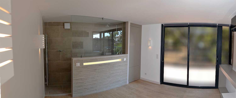 D coration et architecture d 39 int rieur d 39 appartement bandol for Salle de bain haut de gamme