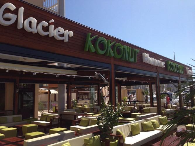 Facade le Kokonut à Fréjus