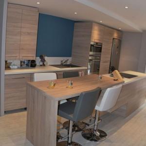Design d'un bureau style nordique par décorateur d'intérieur toulon