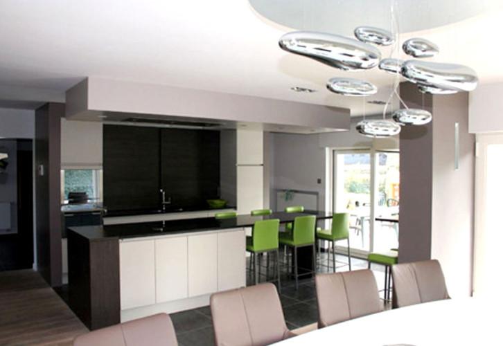 d coration int rieur d 39 une villa moderne bandol. Black Bedroom Furniture Sets. Home Design Ideas