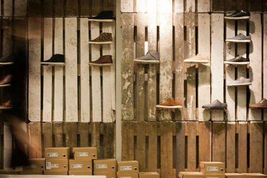 am nagement et agencement d un magasin de chaussure. Black Bedroom Furniture Sets. Home Design Ideas