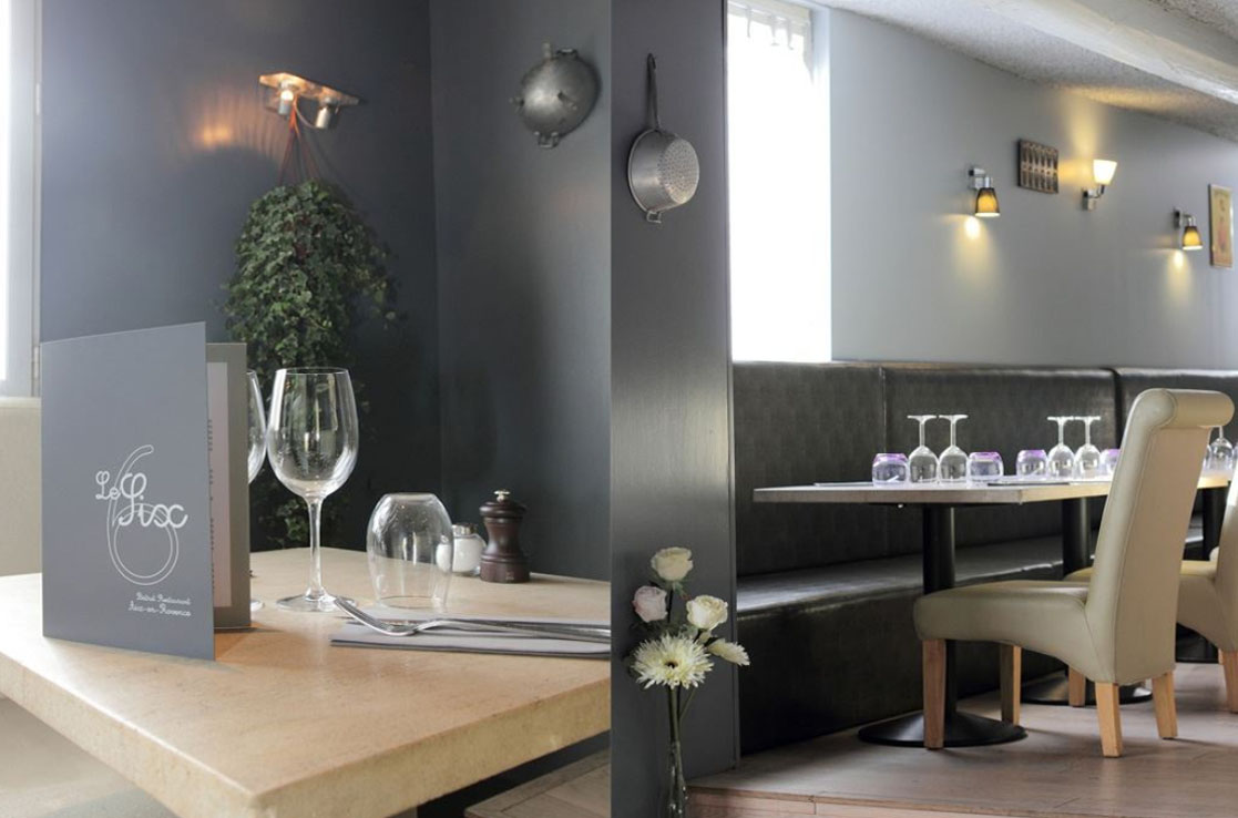 D coration et r novation restaurant le six aix en provence for Deco resto