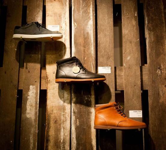 Magasin chaussure en palette, design d'intérieur intélligent et écologique