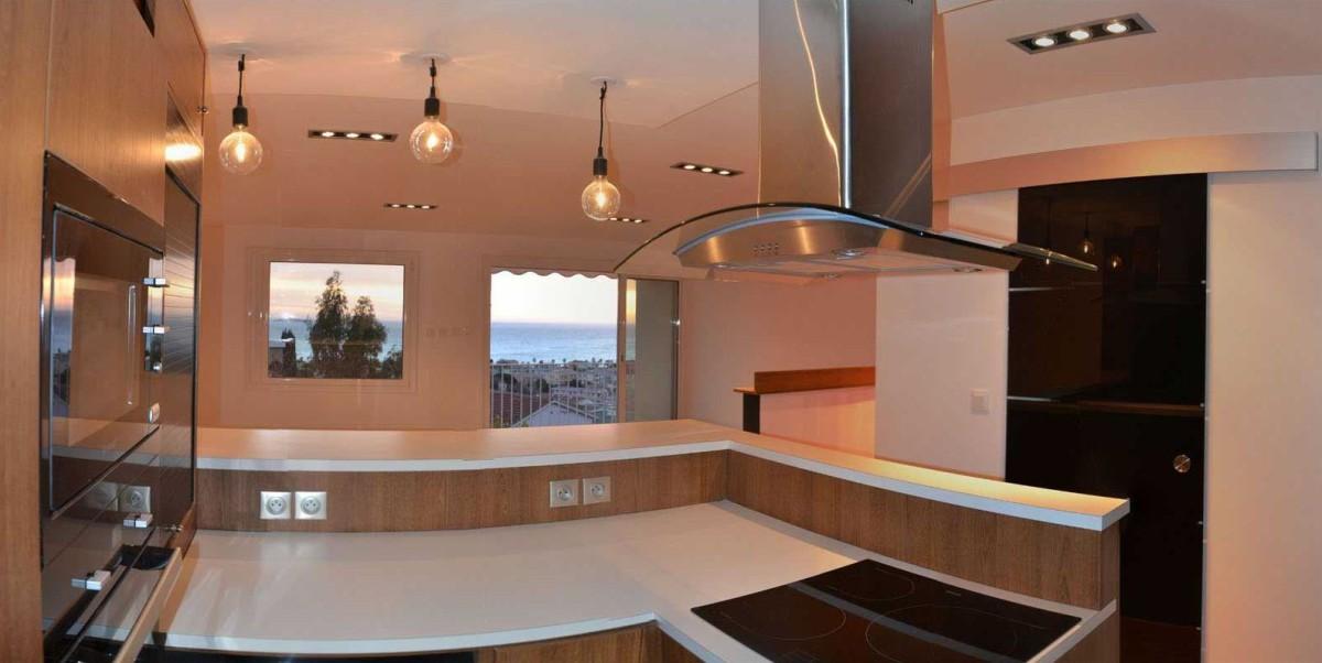 R novation appartement six fours les plages dans le var for Appart hotel dans le var