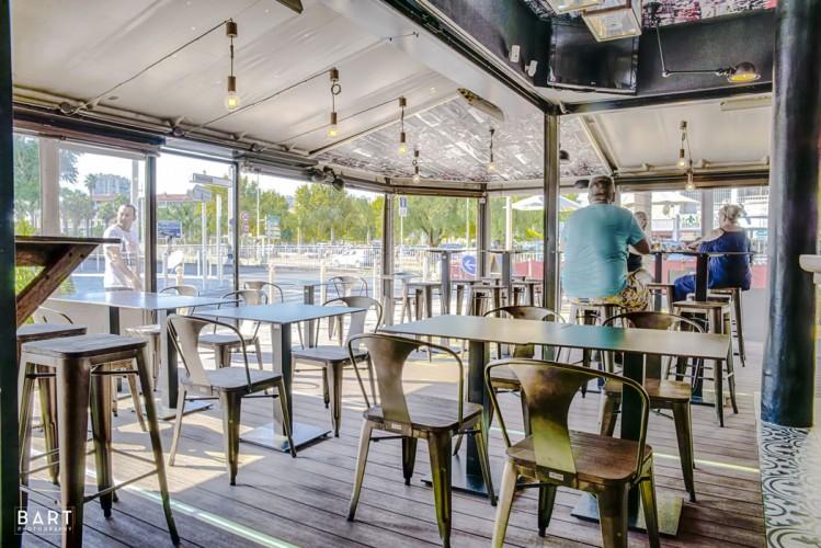 Style industriel pour ce pub situé à Toulon