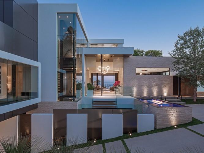 Architecture design salon ouvert sur l'extérieur