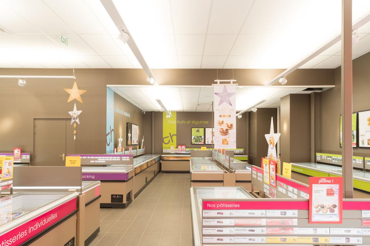 agencement d 39 un magasin de surgel s thiriet la garde 83. Black Bedroom Furniture Sets. Home Design Ideas