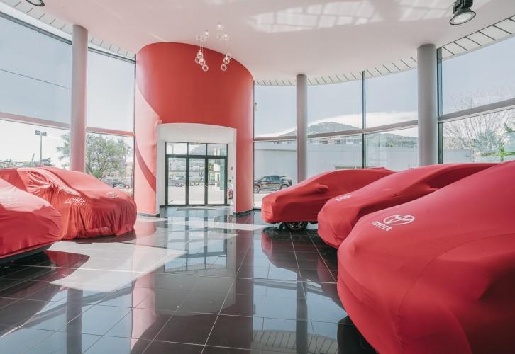 décoration intérieure magasin Toyota TOULON