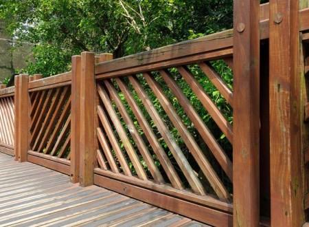 barriere de sécurité en bois