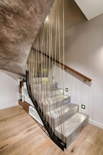 Superbe escalier en pierre d'architecte à TOULON