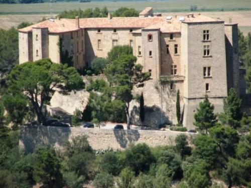 chateau de meyrargues