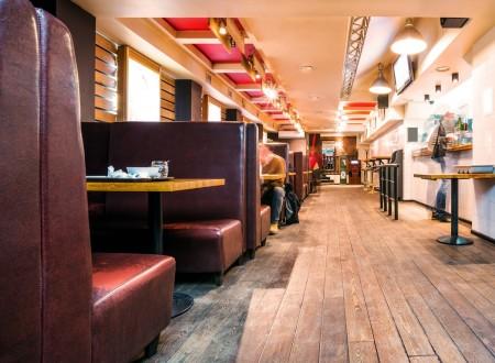 Décoration intérieur bar brasserie