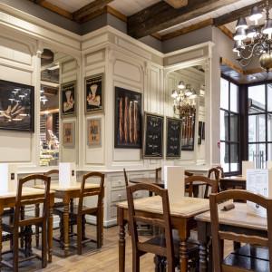decoration et renovation boulangerie paul centre commercial la garde - Toulon