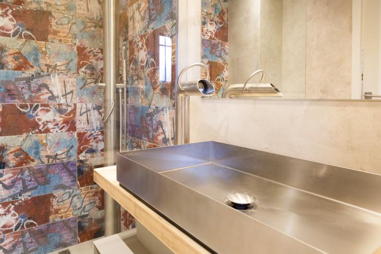 vasque en alu décoration salle de bain louffoque