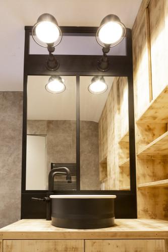 miroir en alu noir sur mesure architecture intérieure var