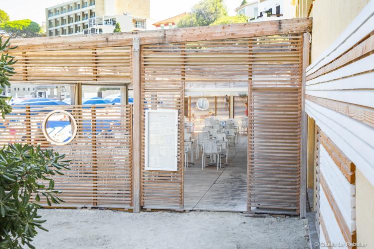 Architecte d'intérieur pour restaurant bar de plage