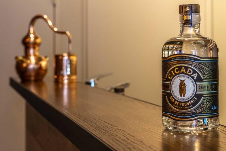 Comptoir décoration distillerie Cicada