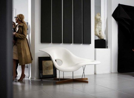 la-chaise-vitra-eames-00016238