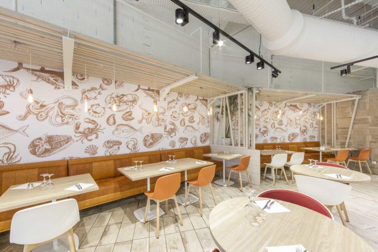 design d'intérieur du restaurant L'Ostréa dans le Var