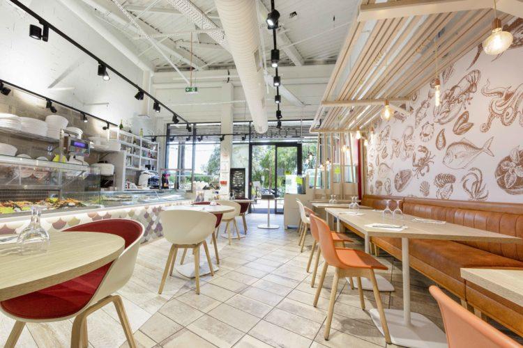 design d'intérieur restaurant de type Écaillé Hyères