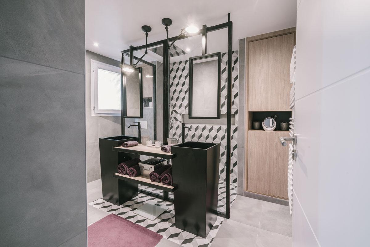 Salle De Bain Industrielle décorateur pour une salle de bain moderne à toulon