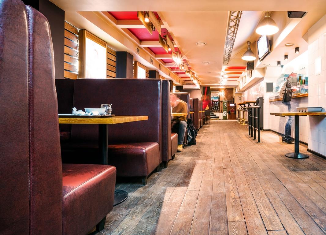 Interieur D Un Bar quelles sont les clés de l'agencement d'un bar ?